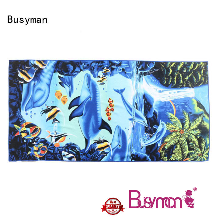 Busyman washing microfiber towels outing
